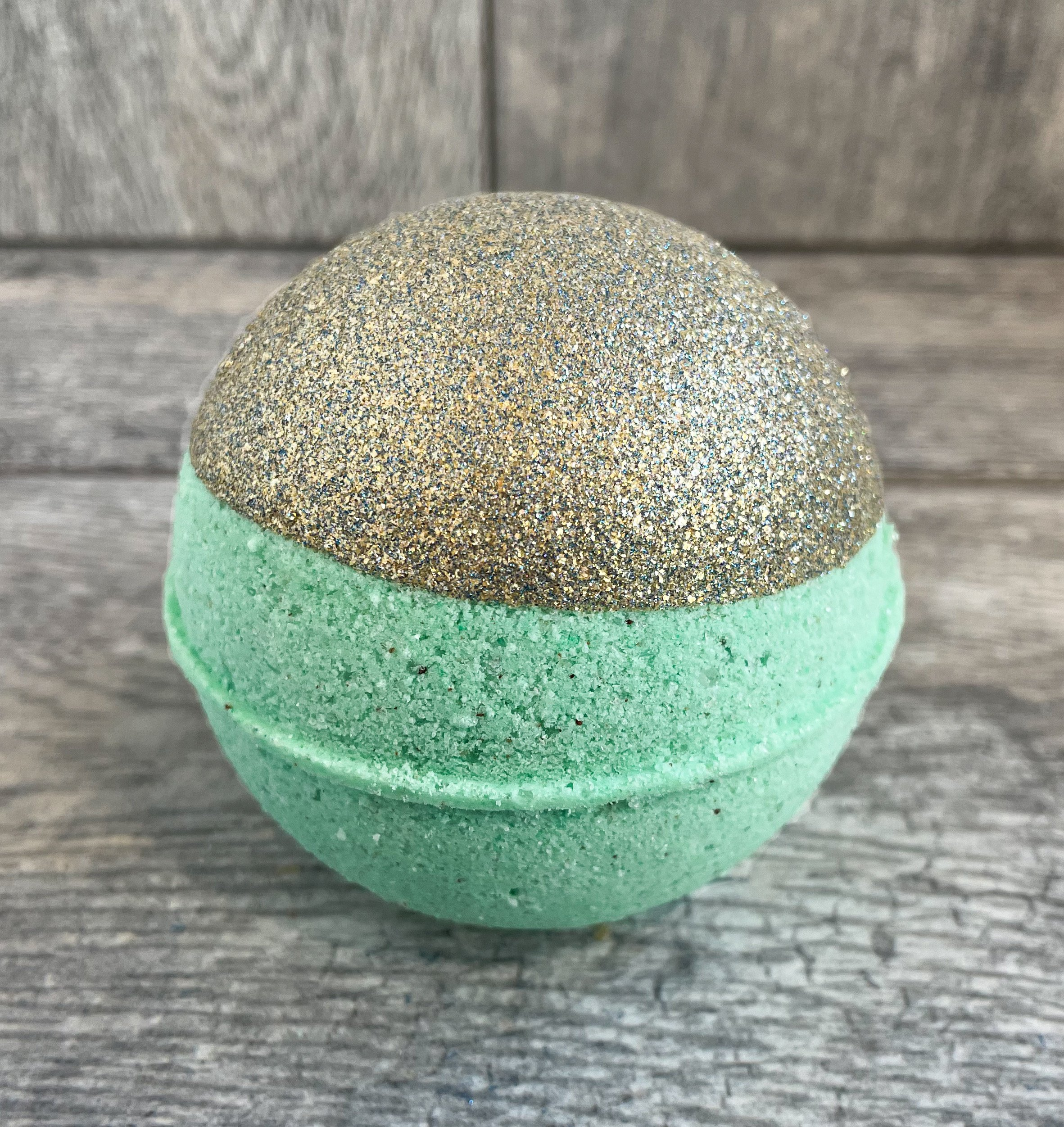 Pear Eucalyptus 85mg CBD Bath Bomb